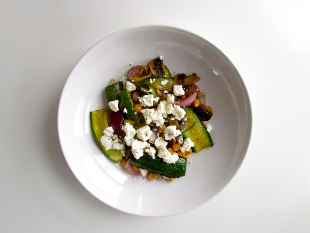 Feta, courgette and chickpea salad